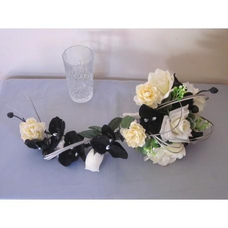 Bouquet mariée noir ivoire orchidée roses