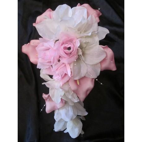 Bouquet de mariée ivoire / rose tendre perles