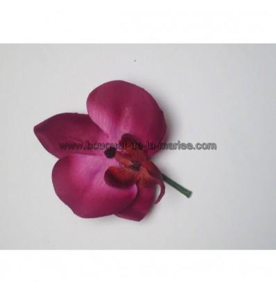 Boutonnière orchidée fushia