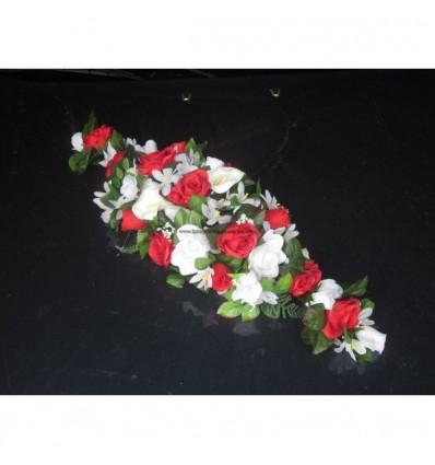 bouquet de voiture rouge et blanc