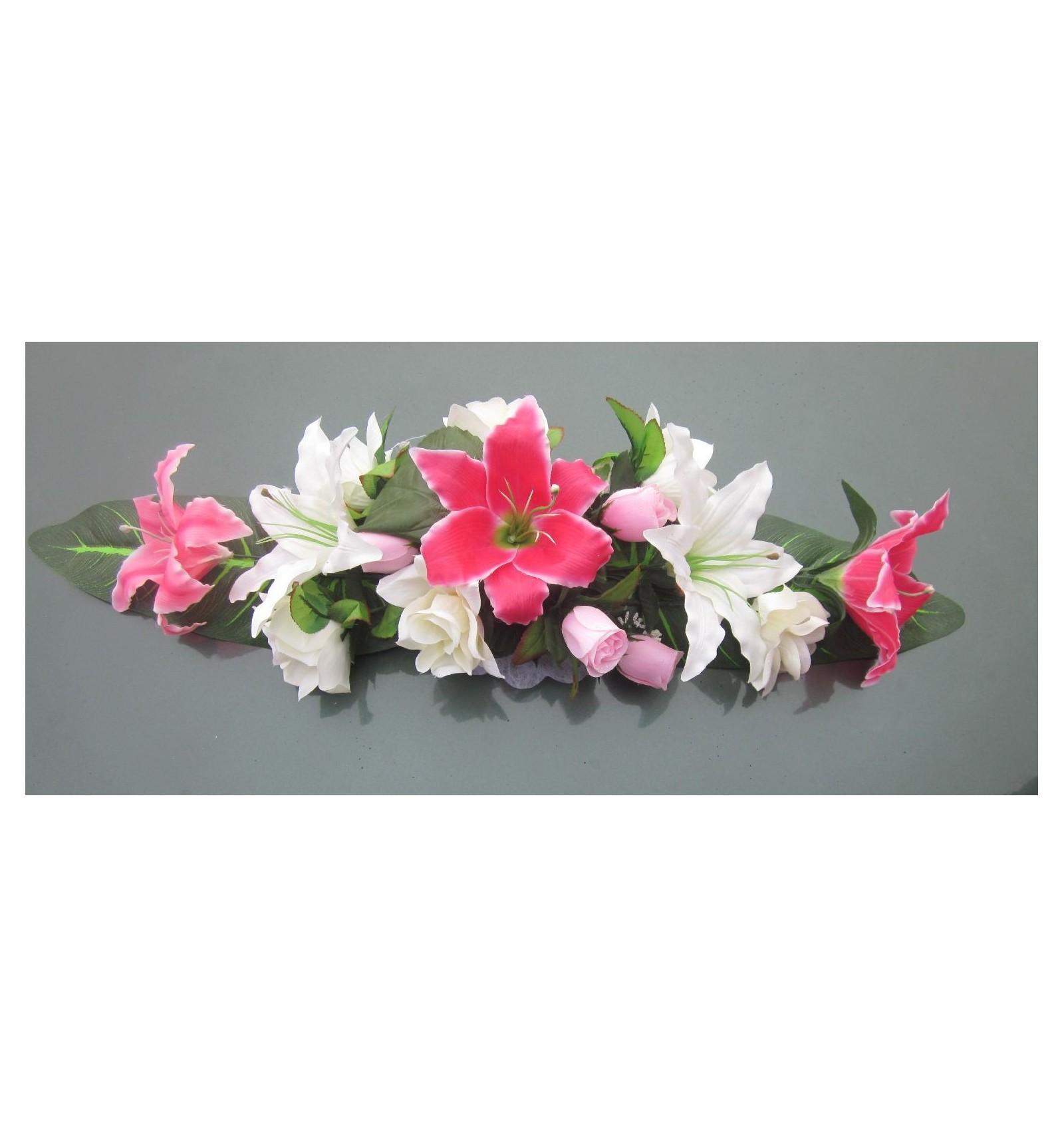 composition florale pour mariage avec lys et roses bordeaux ou rose bouquet de la mariee. Black Bedroom Furniture Sets. Home Design Ideas