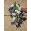 Bouquet de mariage cascade thème orchidée gris argent et roses