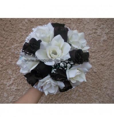 Bouquet roses et tulle chocolat