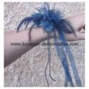 Bracelet de fleurs pour mariage fait avec rose, perles et rubans bleu