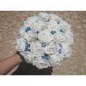 Bouquet mariée Rond avec roses blanches / turquoises et diamants