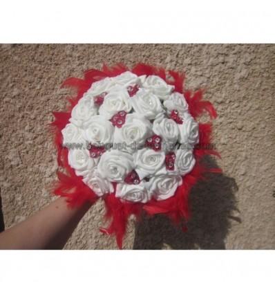 Bouquet des roses et diamantes rouge