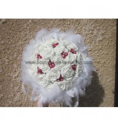 Bouquet roses, diamantes et plumes rouge et blanc