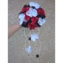 Magnifique Bouquet mariee cascade rouge et noir avec des diamants