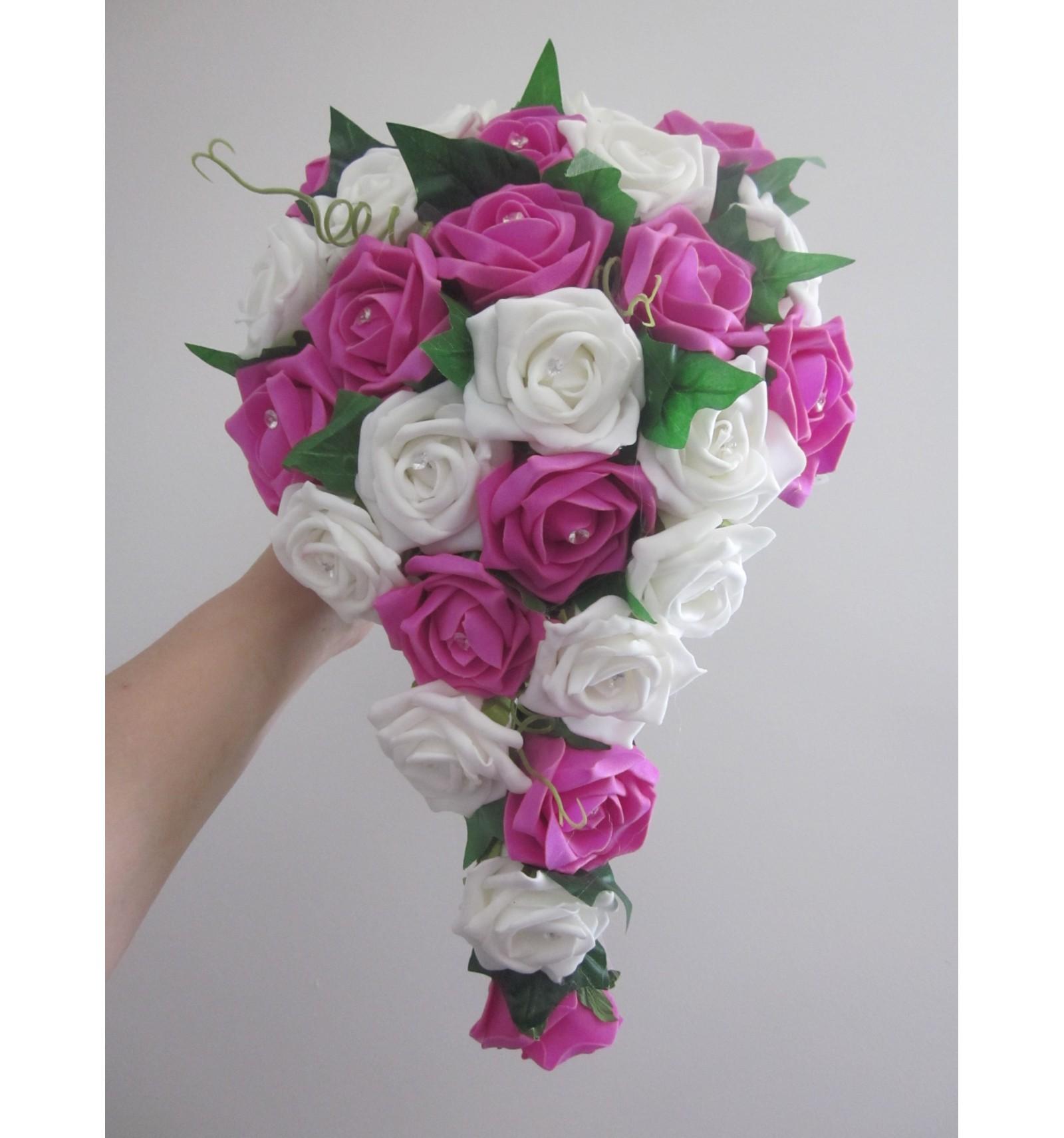 bouquet de mariage cascade fuchsia ou rose avec roses & diamants