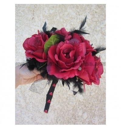 Bouquet rouge et noir plumes et perles