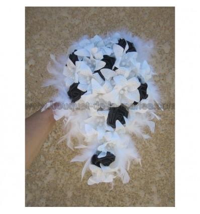 Bouquet mariée lys perles plumes