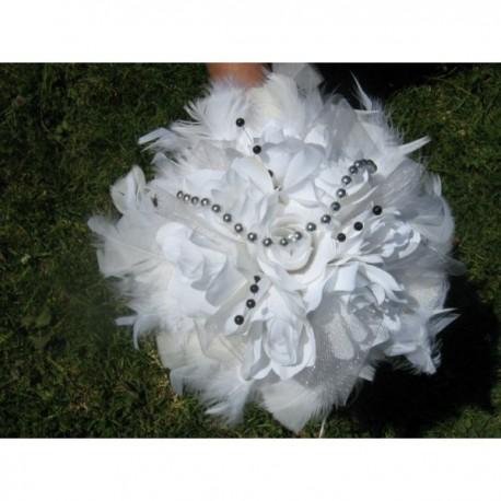 Bouquet Rond Etoiles blanc ou ivoire