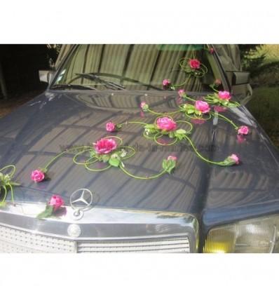 Décoration voiture mariage vert et fuschia