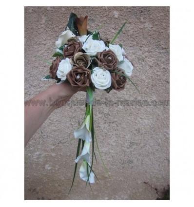 Bouquet mariage arums et roses chocolat