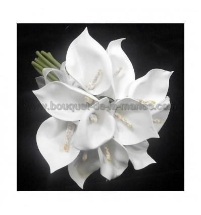 petit bouquet d'arums mariage