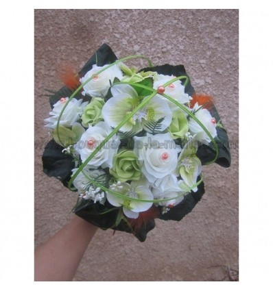 Bouquet des tiges vert anis et orange