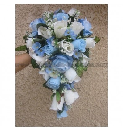 bouquet de fleurs cascade bleu ciel pour mariage boutonni re offerte bouquet de la mariee. Black Bedroom Furniture Sets. Home Design Ideas