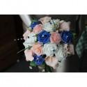 Bouquet de mariée Splendide thème bleu / rose avec arums et roses