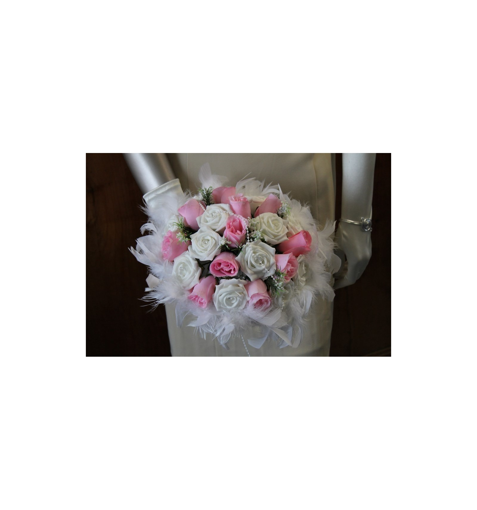 Bien-aimé Bouquet de Mariée Rond fait avec des Roses, Plumes et des Perles  XU18