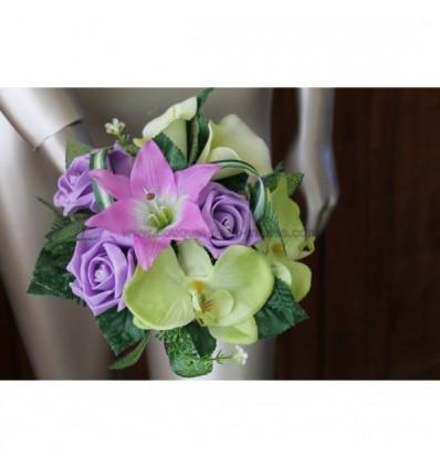 bouquet demoiselle d'honneur parme et vert anis