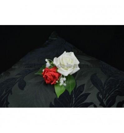 magnifique boutonni re du mari blanc et rouge perl. Black Bedroom Furniture Sets. Home Design Ideas