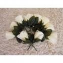 Dix Boutonnières de mariage couleur ivoire avec roses et feuilles