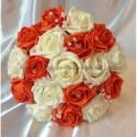 Bouquet de mariée rond thème orange avec des diamants fantaisie