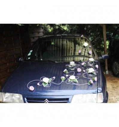 Décoration voiture mariées originale parme