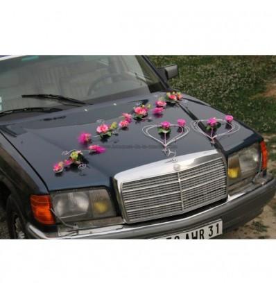 Décoration voiture mariage vert anis fuchsia