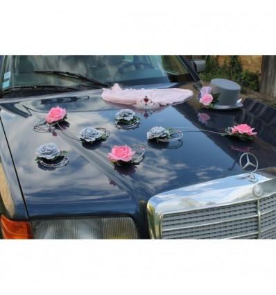 Décoration voiture mariées chapeau voile rose et gris
