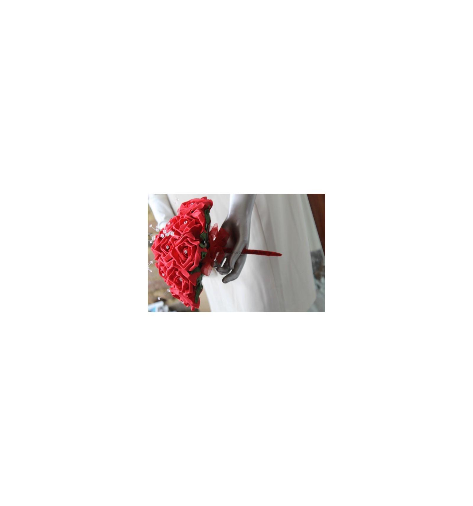 Bouquet de la mari e rond avec des roses rouges et du strass bouquet de la mariee - Strass pour bouquet de mariee ...