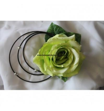 Décoration voiture mariage noir et vert anis avec papillons