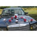 Composition pour voiture de mariage avec chapeau & voile fuchsia