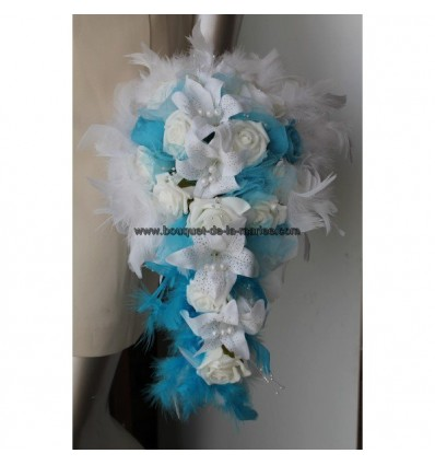 bouquet et boutonnière lys et plumes tuquoise
