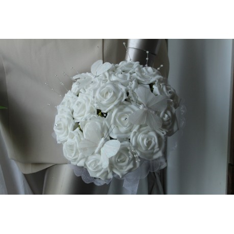 Bouquet blanc ou ivoire diamants et papillons