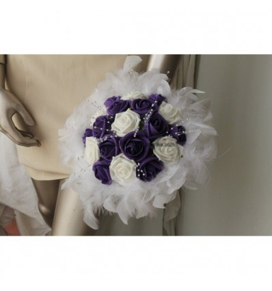 Bouquet mariée violet et blanc plumes et perles