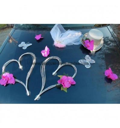 Décoration voiture mariage orchidées et cœurs gris et fuchsia