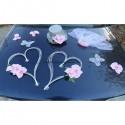 Décoration voiture mariage orchidées et cœurs gris et rose tendre