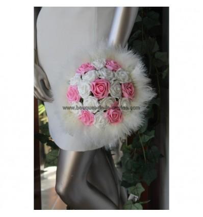 Bouquet mariée couleur ivoire et rose avec des plumes et perles