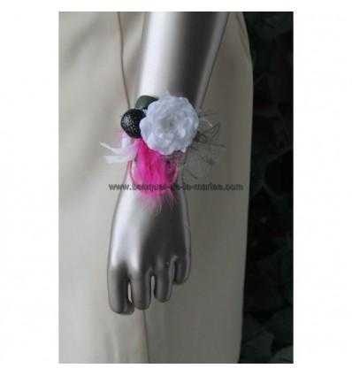 bracelet pour mariage fuchsia et noir plumes et perles