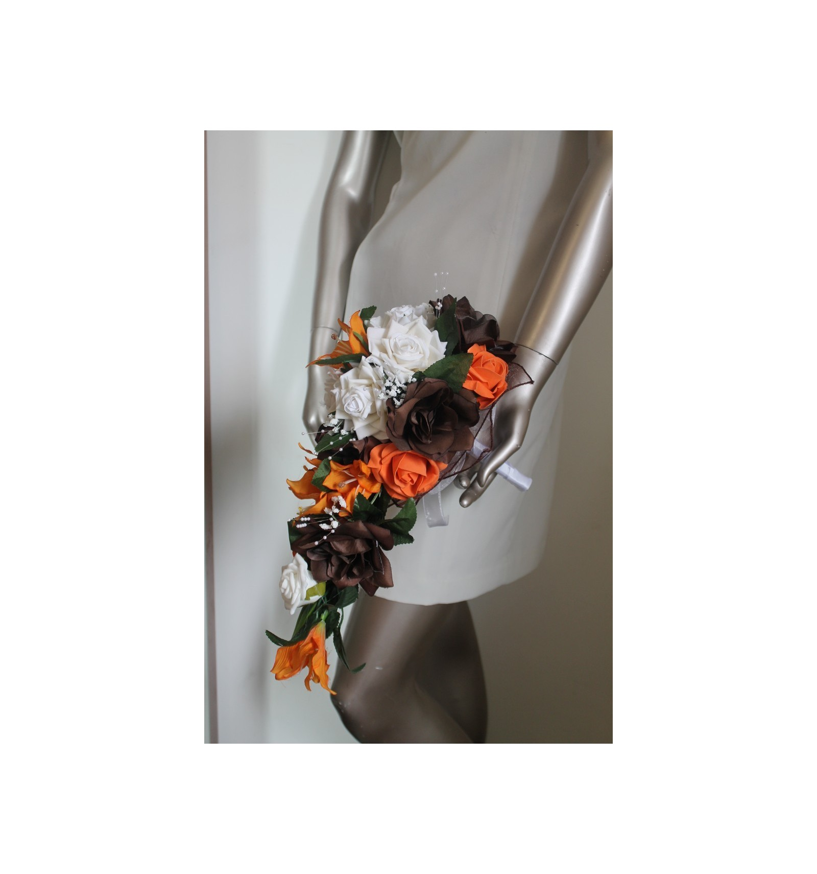 bouquet mariage cascade th me chocolat orange avec roses. Black Bedroom Furniture Sets. Home Design Ideas