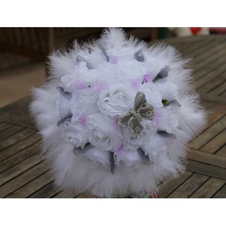 Lot Mariage Composition voiture, bouquet mariée et boutonnière