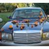 Composition coeurs voiture mariage couleur orange perlé