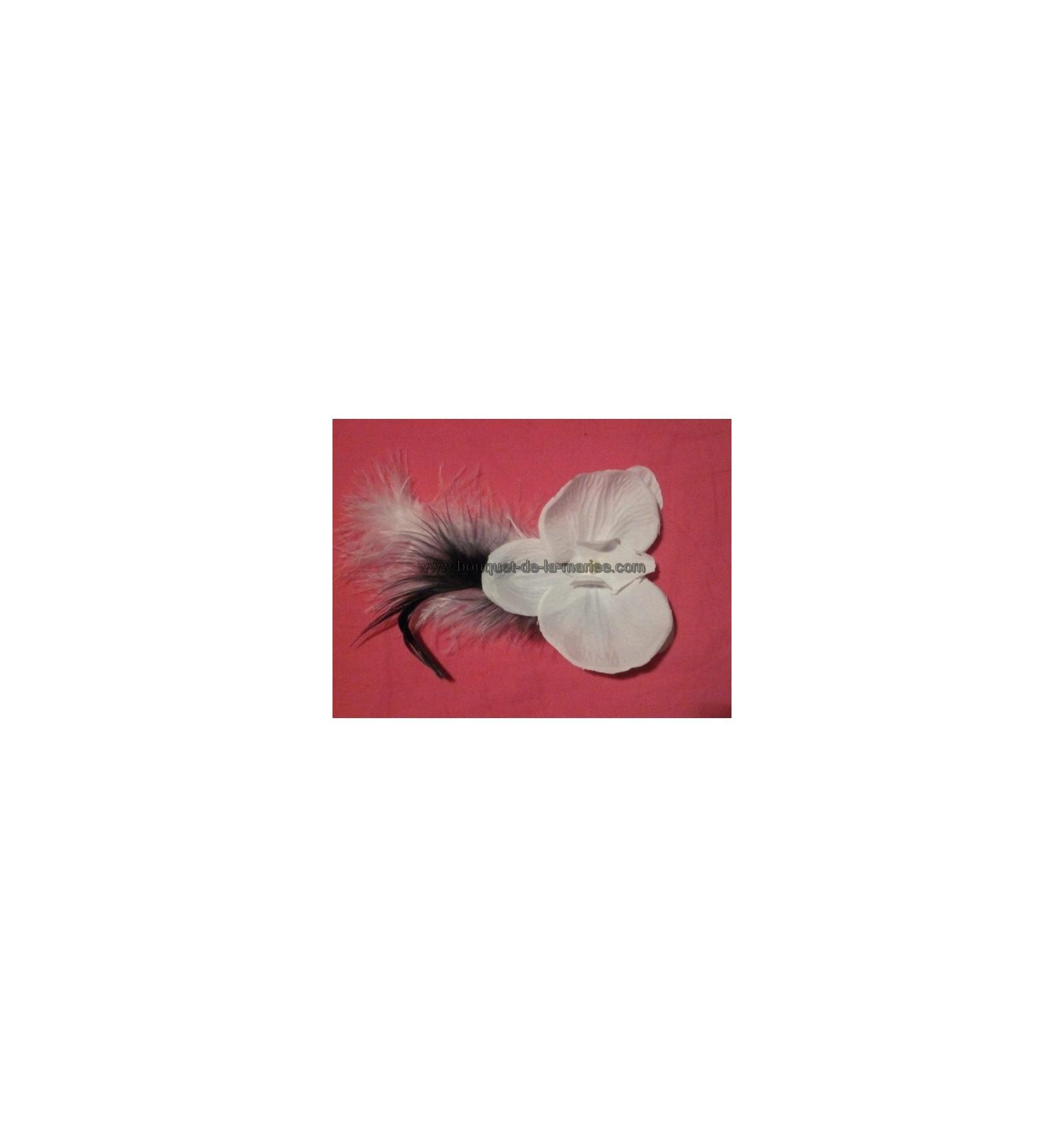 boutonni re de mariage avec orchid e plumes bouquet de la mariee. Black Bedroom Furniture Sets. Home Design Ideas