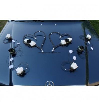 Belles Compositions florale pour mariage thème noir et blanc perlé