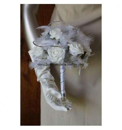 Bouquet de mariée blanc, argent avec roses, aluminium et perles