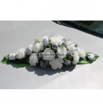 Décoration voiture de mariée Roses ivoire et gris argenté et feuilles