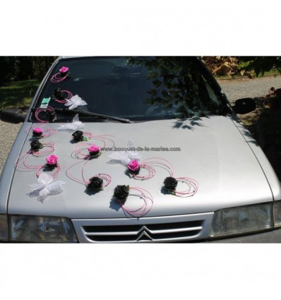 Décoration voiture mariage thème Fuchsia et noir avec papillon