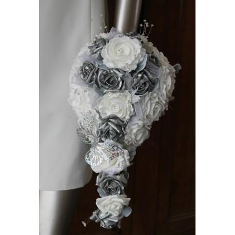 Bouquet pour Mariage tombant thème Roses blanches, gris, argent