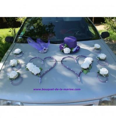 Composition voiture mariage chapeau voile fuchsia